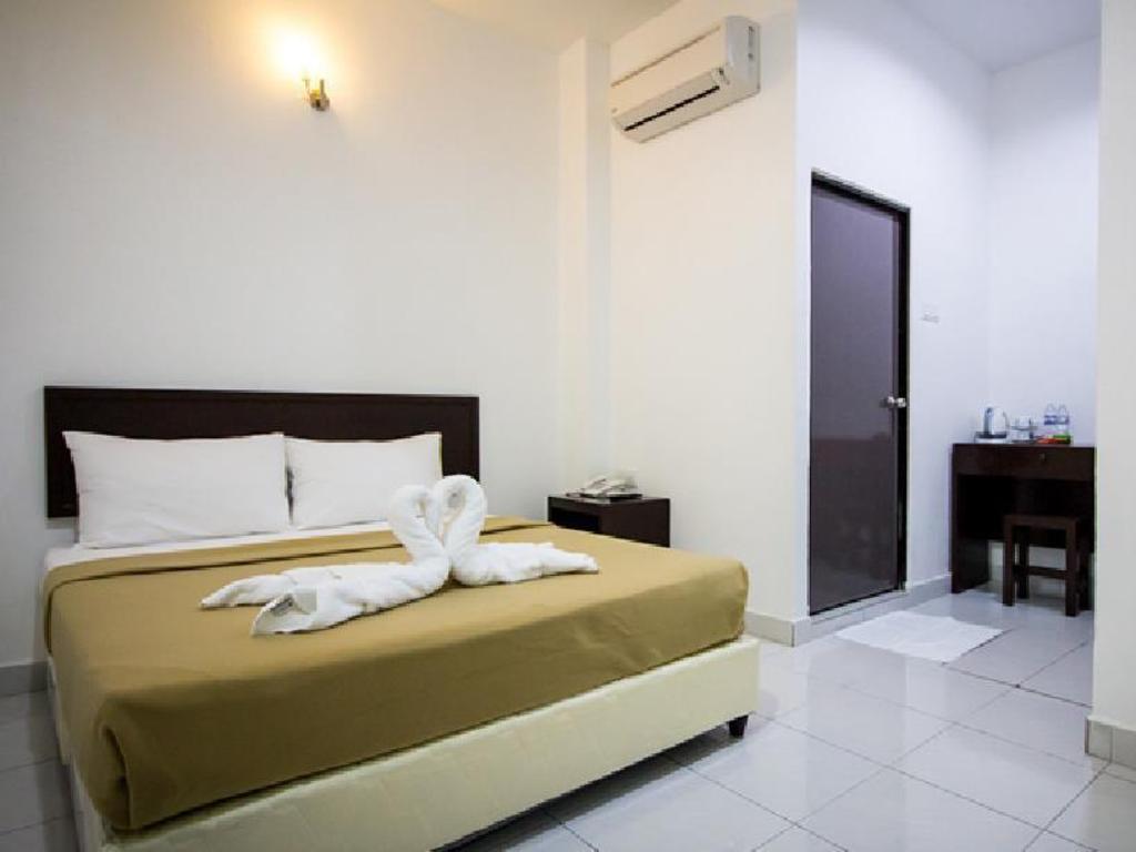 Georgetown Times Inn Hotel in Penang - Room Deals, Photos & Reviews