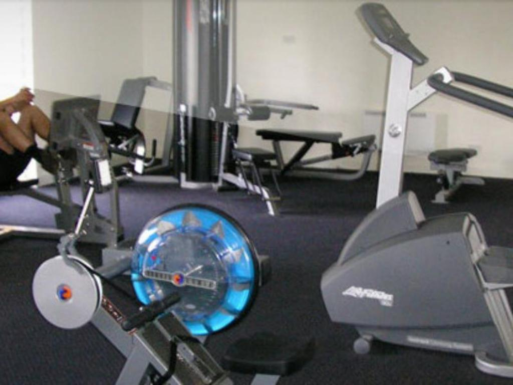Fitness center Thurgoona Country Club Resort