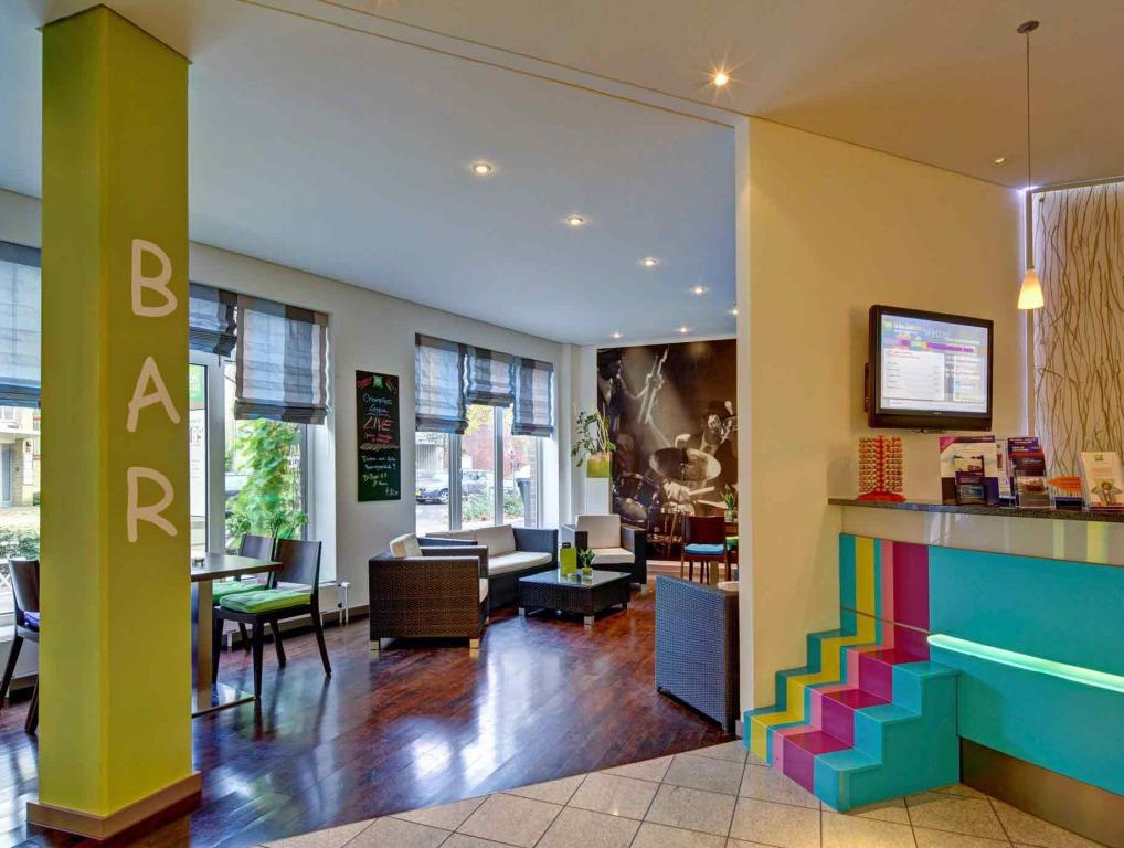 Vista interior ibis Styles Hamburg Alster City