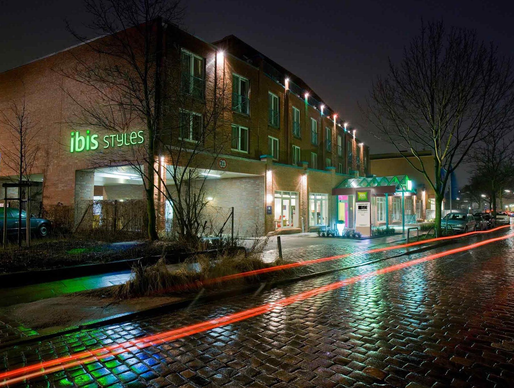 ibis styles hamburg alster city hamburg tyskland. Black Bedroom Furniture Sets. Home Design Ideas