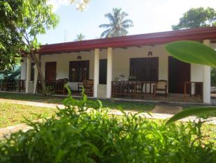 Luvi Lucas River Side Guest House