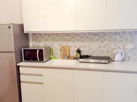 Kitchen Arendaizrail Apartment Balfour Street Bat Yam