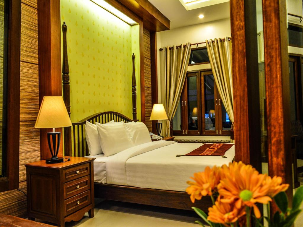 Deluxe Double or Twin Room with Balcony Bhu Tarn Koh Chang Resort and Spa