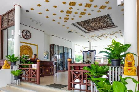 Lobby Bhu Tarn Koh Chang Resort and Spa
