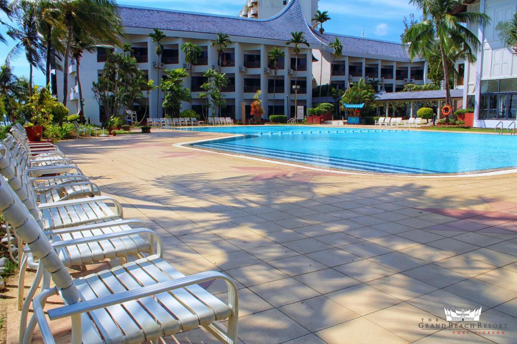 Swimming pool [outdoor] The Grand Beach Resort