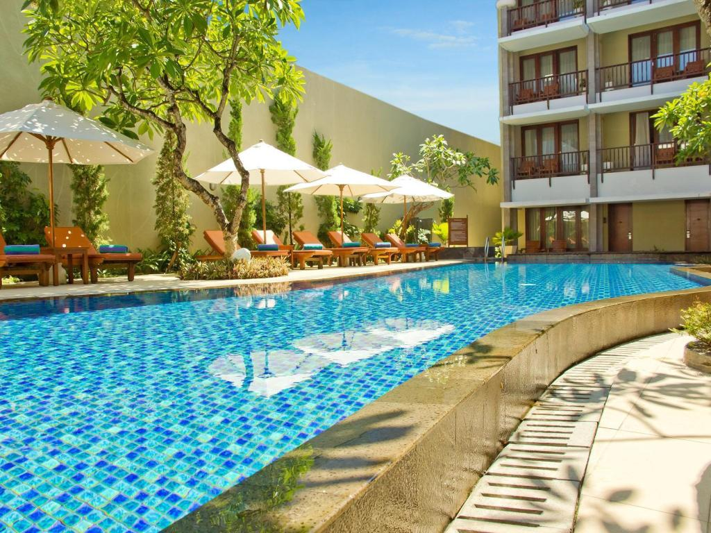 Swimming pool [outdoor] The Rani Hotel & Spa