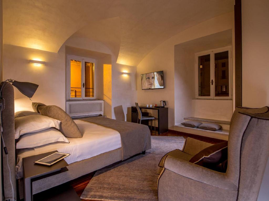 Superior Double or Twin Room - Guestroom Palazzo De Cupis - Suites and View
