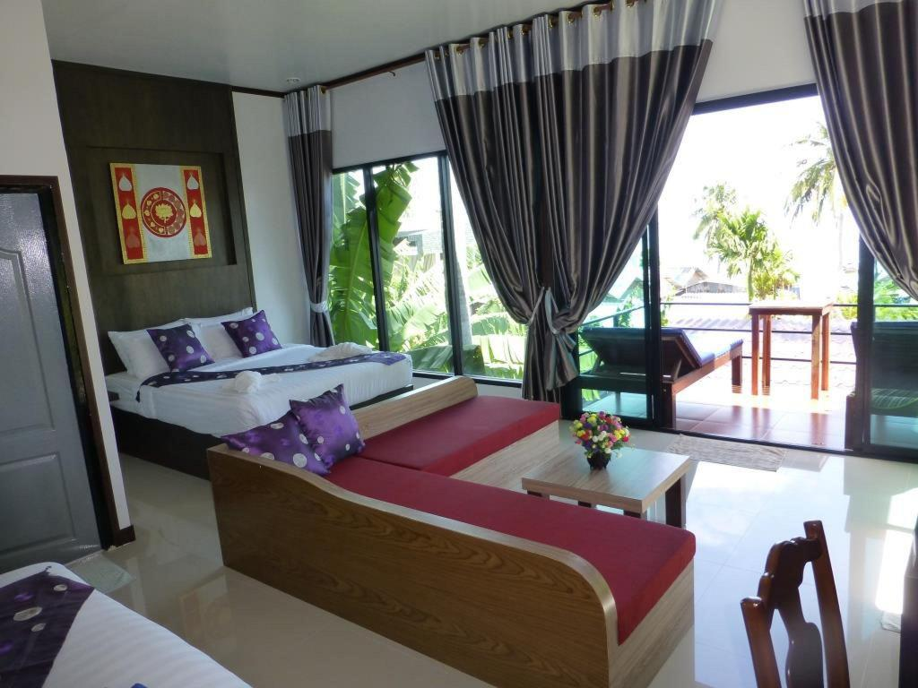 Family Sea View Room - Guestroom
