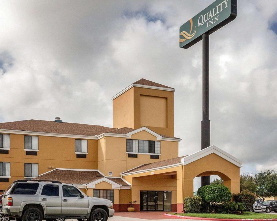 Quality Inn Baytown - Houston East