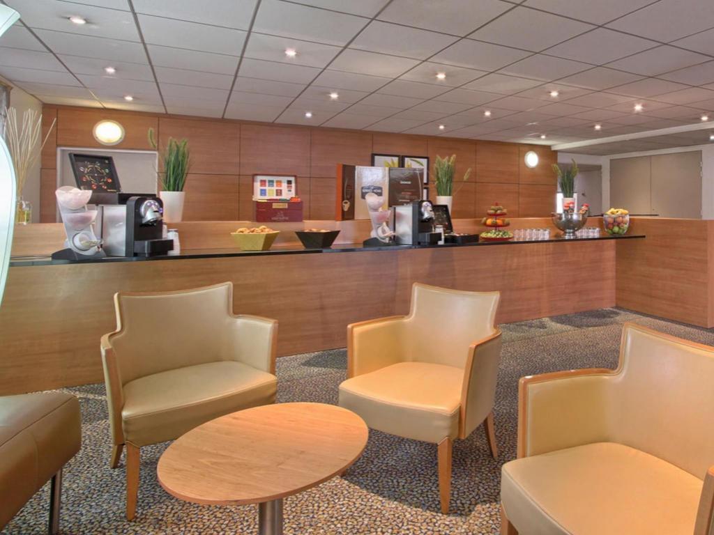 Novotel paris 13 porte d italie hotel in france room deals photos reviews - Novotel paris porte d italie ...