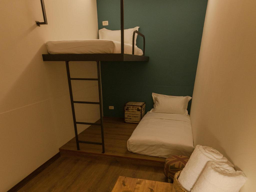 Twin Room with Shower Mini Voyage Hostel