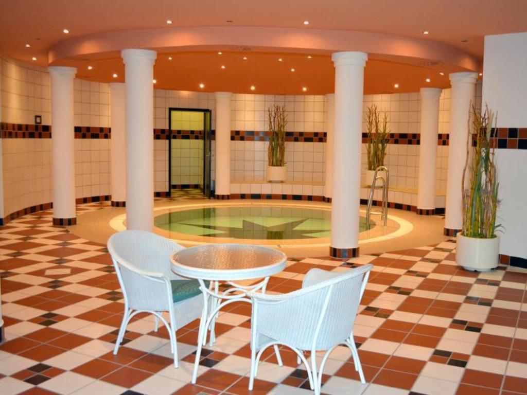 Dorint hotel venusberg bonn in germany room deals - Swimming pool bonn ...