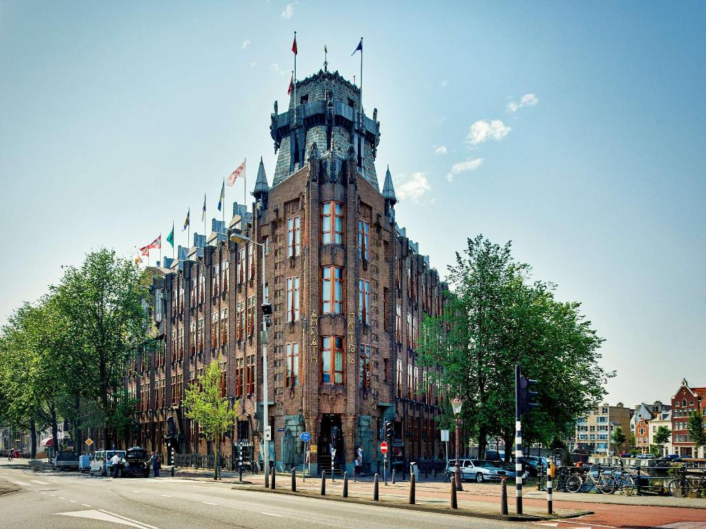 More about Grand Hotel Amrath Amsterdam