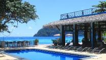 Phi Phi Long Beach Resort y Villa