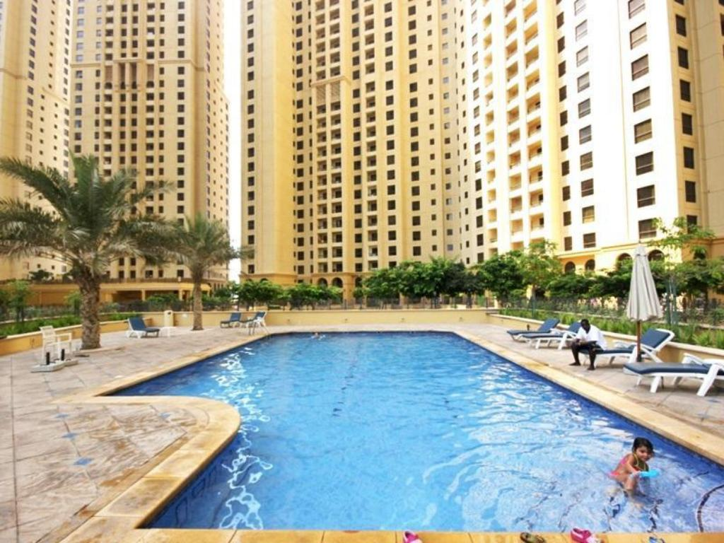 زينيث هوليداي هومز - شقق جيه بي آر مرجان (Zenith Holiday Homes - Murjan JBR Apartments)