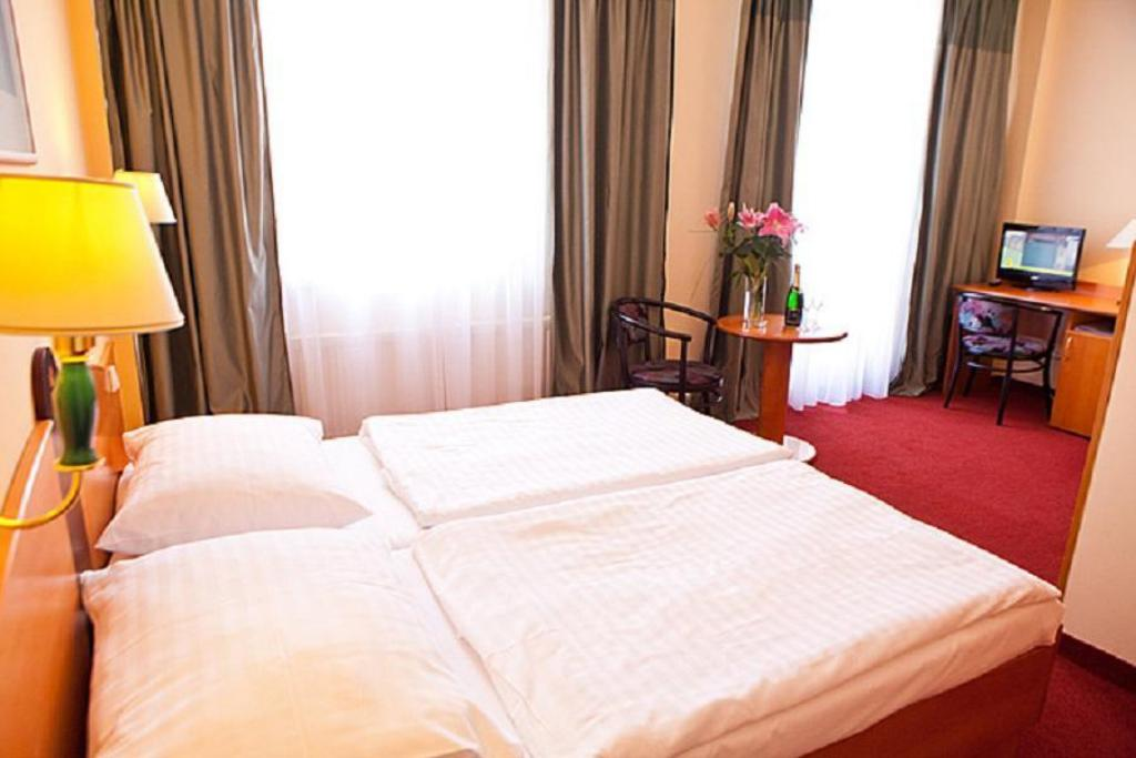 Superior Double Room Central Hotel Prague