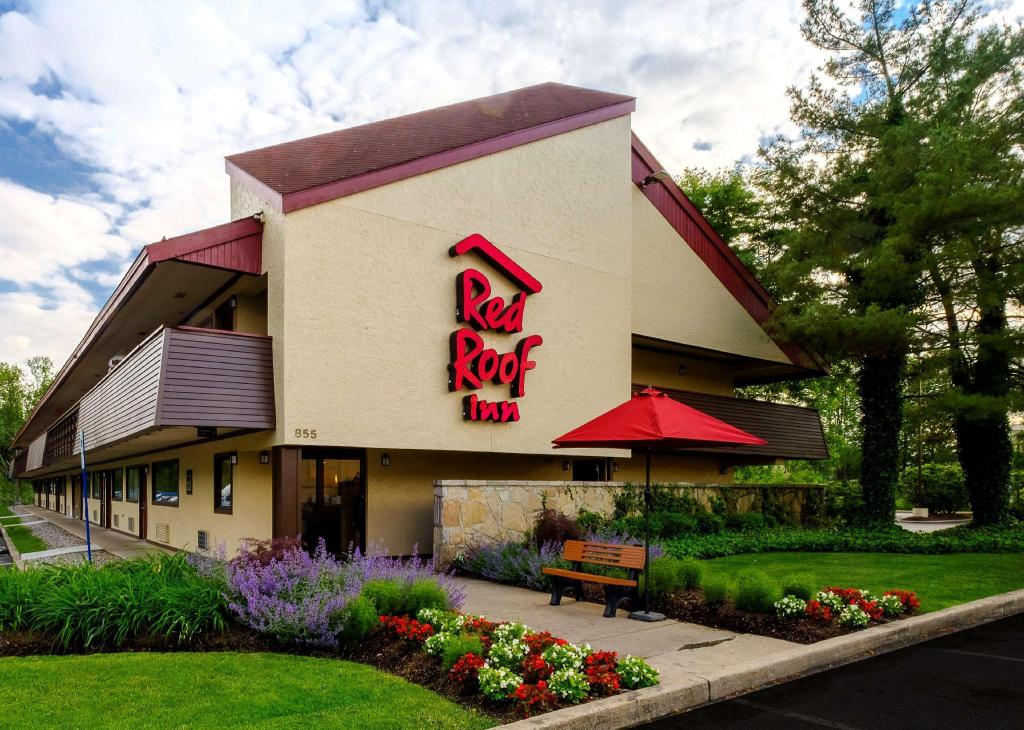 Best Price On Red Roof Inn Parsippany In Parsippany Nj