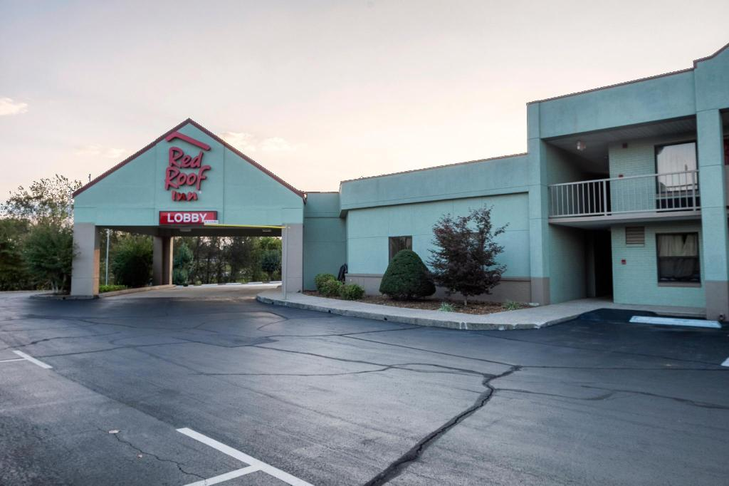 More about Red Roof Inn Clarksville