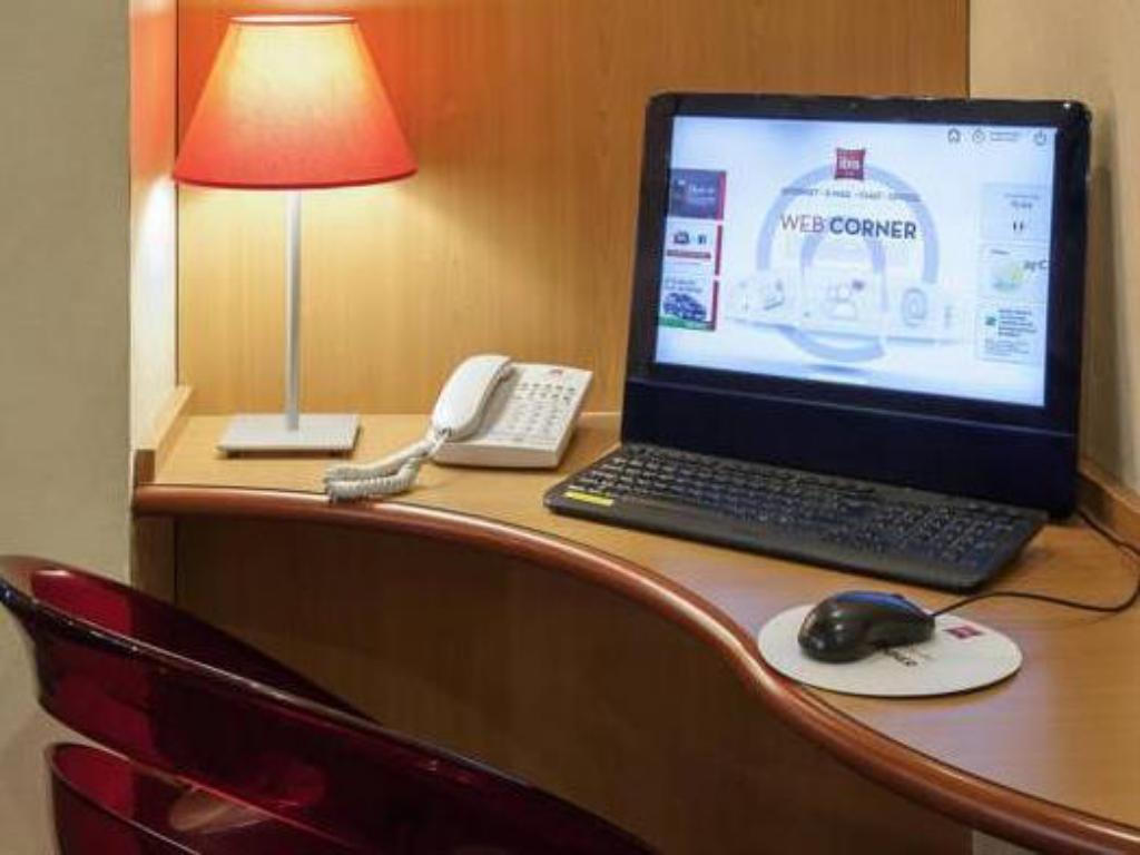 Business center ibis Tours Sud