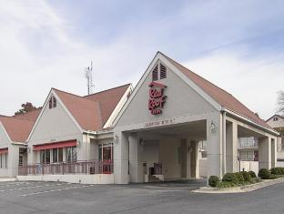 Red Roof Inn PLUS+ Washington DC Rockville