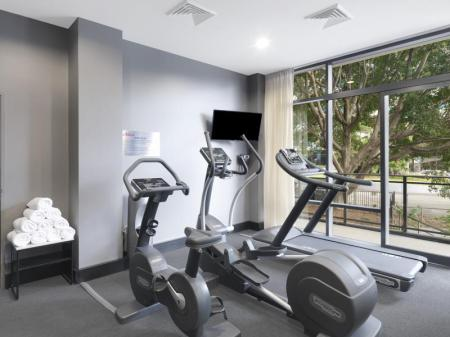 Fitness center Adina Apartment Hotel Sydney Airport