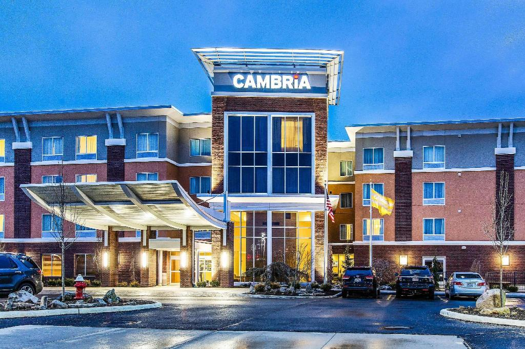 More about Cambria Hotel Cleveland Avon