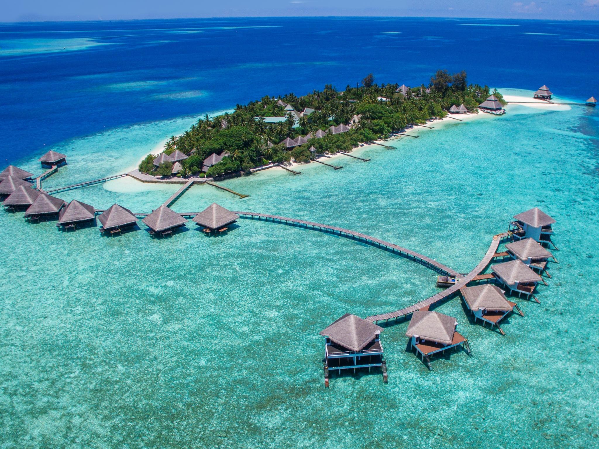 2 Nights Standard Room and 2 Nights Water Bungalow