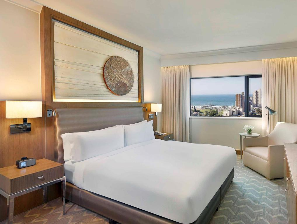 King Executive Room - Guestroom Hilton Durban