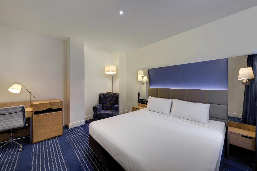 See all 30 photos Rendezvous Hotel Melbourne