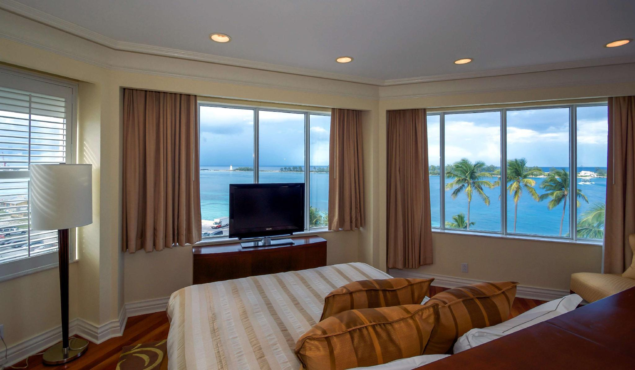 Flagler Suite 1 King 1 Bedroom