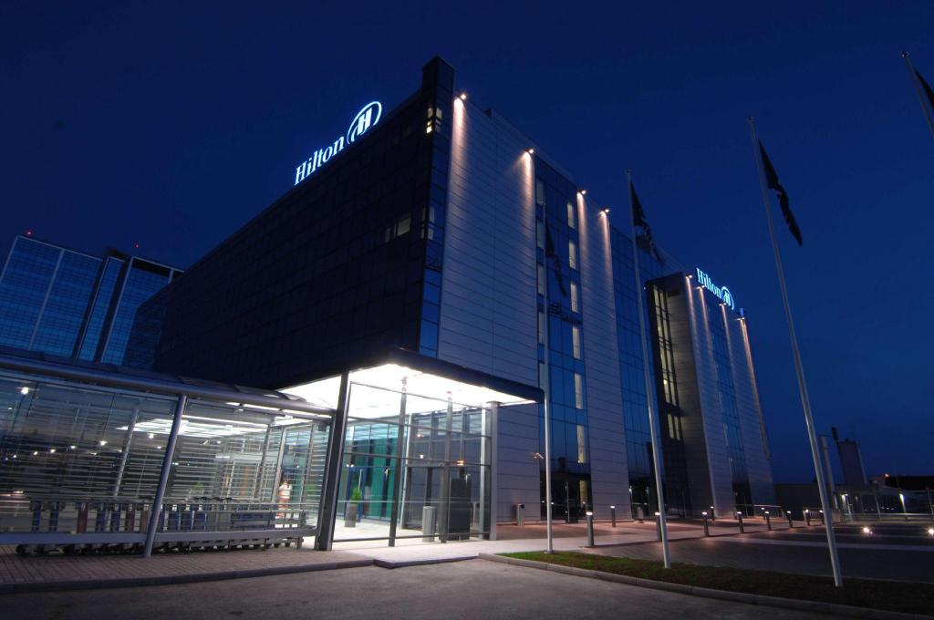 More about Hilton Helsinki Airport