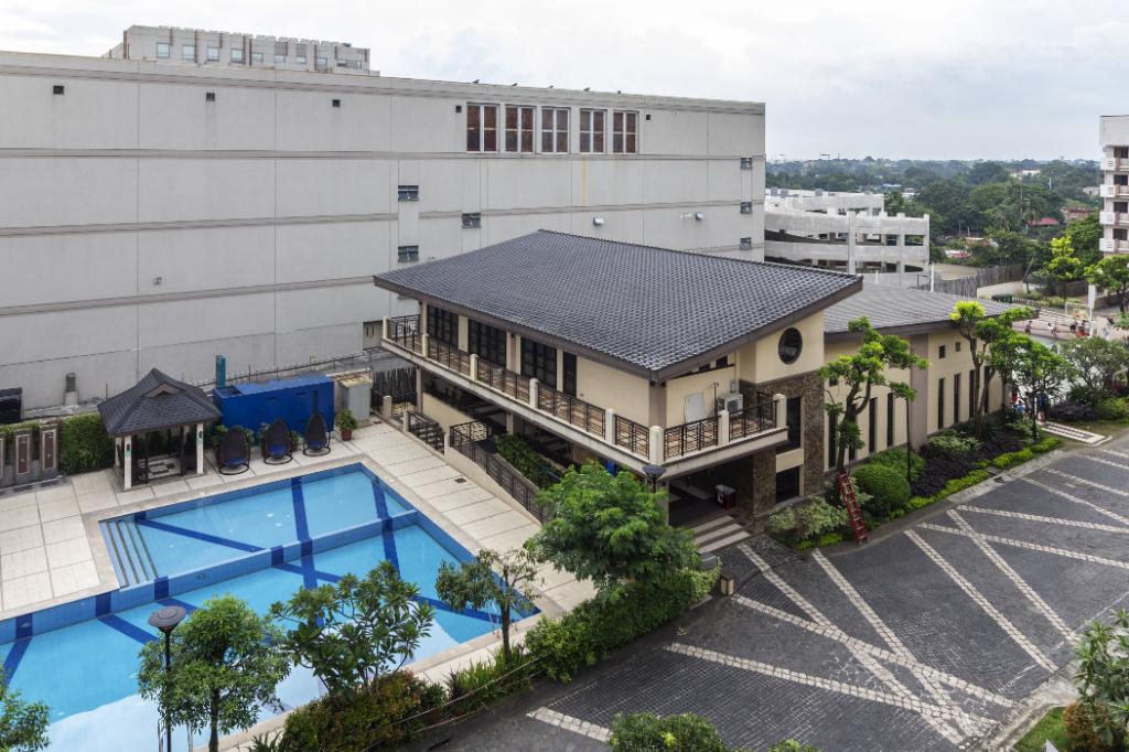 Staycation Condotel In Fairview Quezon City Entire Apartment Manila Deals Photos Reviews