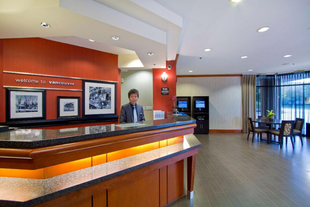 Lobi Hampton Inn Vancouver Airport Richmond