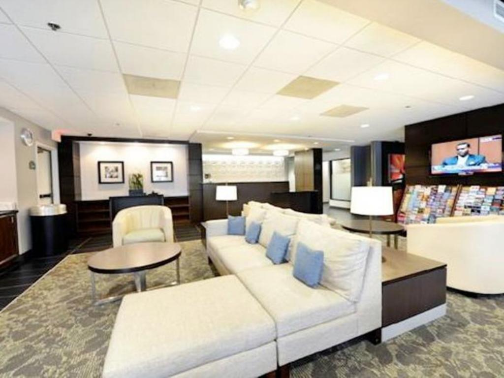 Pemandangan dalam Wingate by Wyndham Los Angeles International Airport LAX