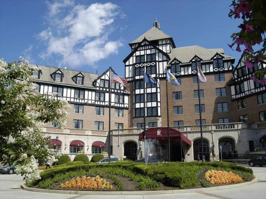 Hotel Roanoke And Conference Center (The Hotel Roanoke & Conference Center, Curio Collection by Hilton)