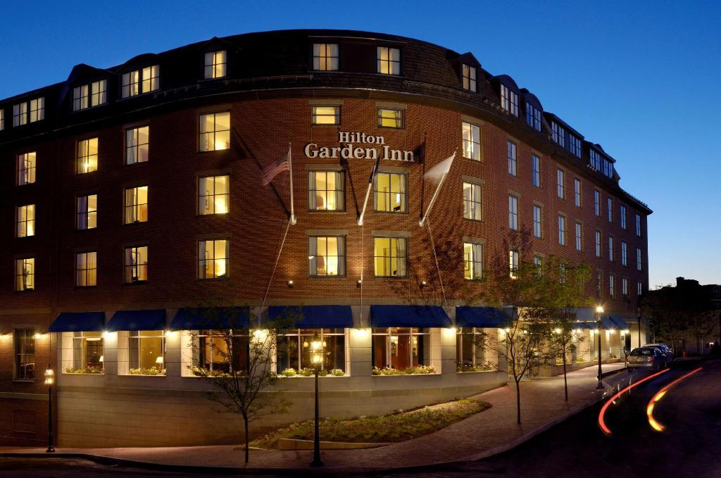 Hilton Garden Inn Portsmouth Downtown Hotel