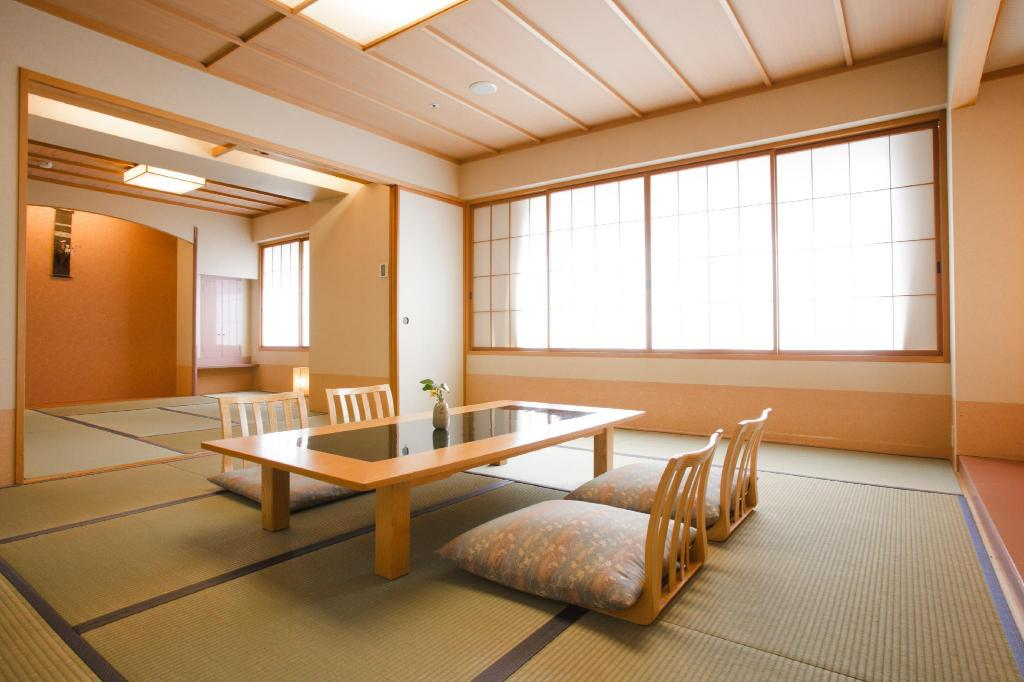 Run of House Japanese Style Room for 4 People - Room plan