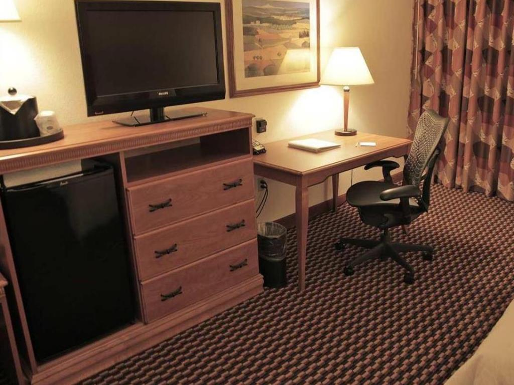 Pemandangan dalam Hampton Inn Milwaukee Airport