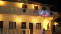 Amoura Guest House