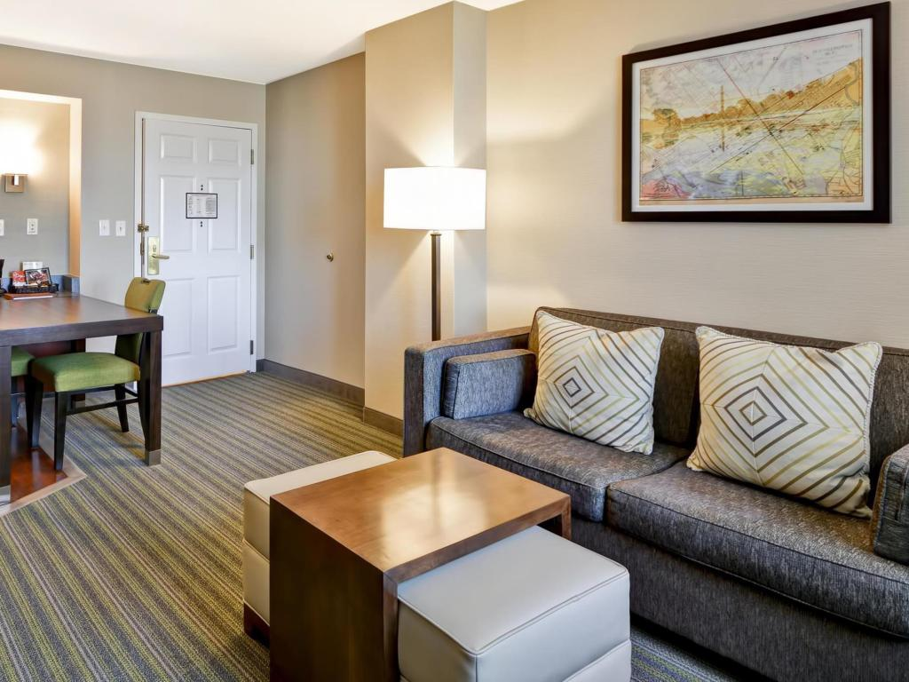 Suite with 2 Double Beds and Bathtub - Accessible, Non-Smoking - Pemandangan dalam Homewood Suites Dulles-International Airport Hotel