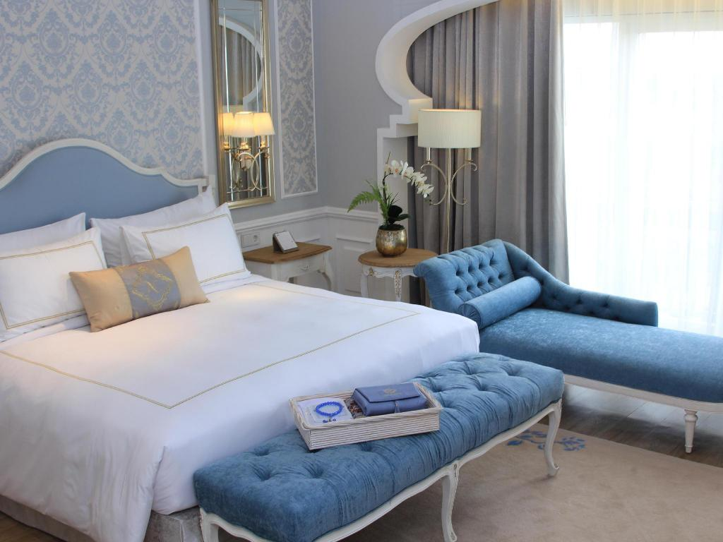 More about Noor Hotel