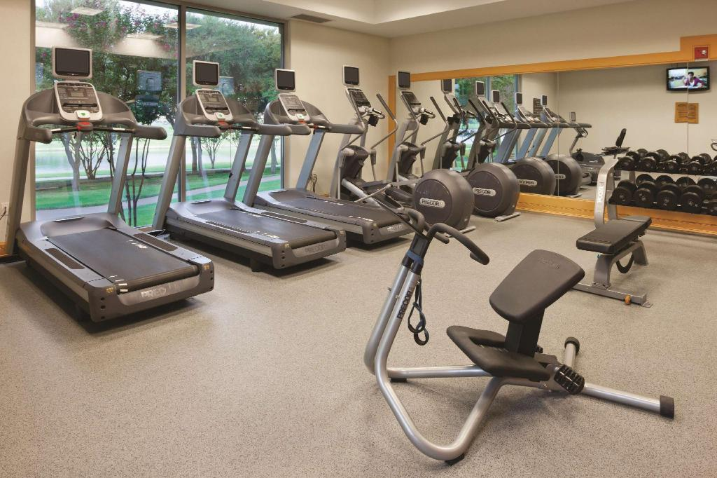 Centre de fitnes Doubletree Club Dallas-Farmers Branch Hotel
