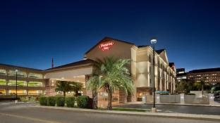 Hampton Inn Phoenix Midtown Downtown Area