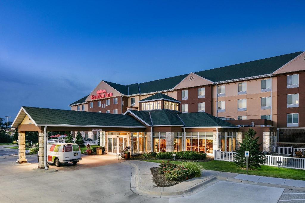 Hilton Garden Inn Omaha West Hotel In Omaha Ne Room Deals
