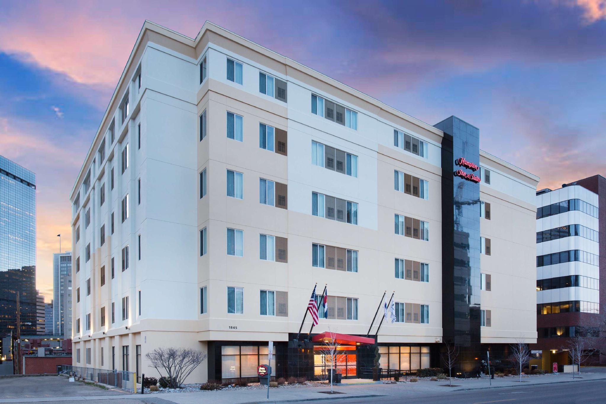Vasca Da Letto Per Disabili : Hampton inn & suites denver downtown hotel denver co affari