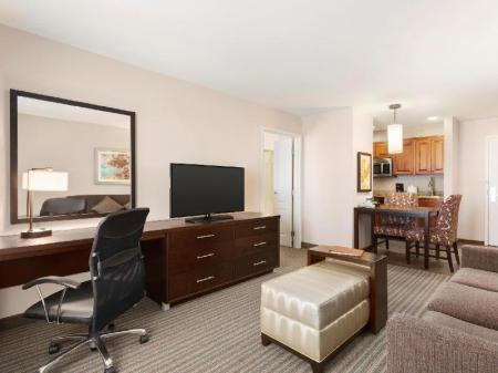Интерьер Homewood Suites by Hilton Fargo Hotel