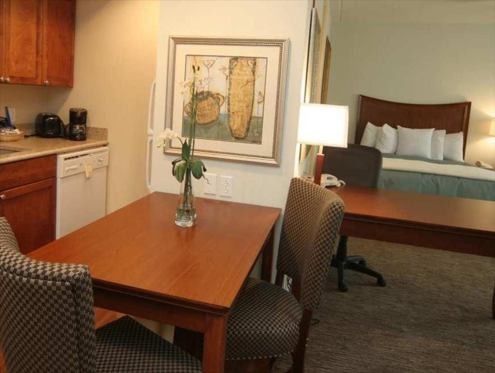 Interior view Homewood Suites by Hilton Albany Hotel