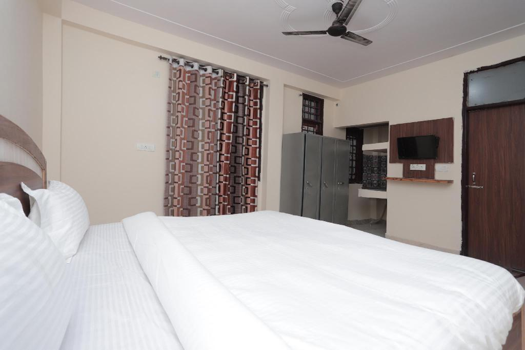 Classic Double or Twin - Room plan SPOT ON 40197 Guru Nanak