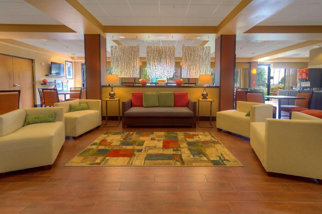 Lobby Hampton Inn San Antonio Northwoods