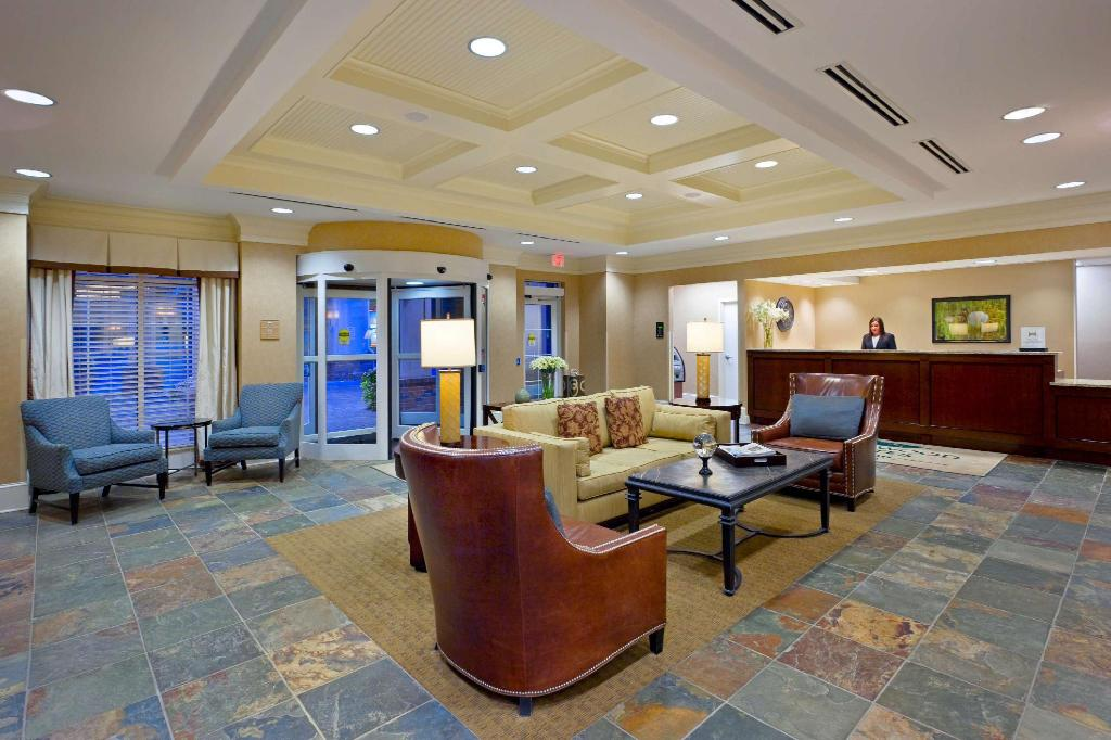 Lobi Homewood Suites by Hilton Albany Hotel